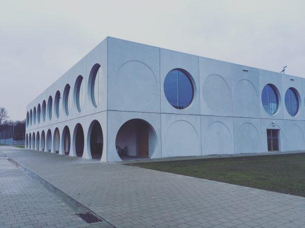 Architecture by @metzichtopzee.architecten #architecture